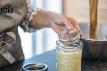 Anleitung Fermentieren: Sauerkraut im Glas