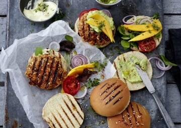 california burger coppenrath-1020070-700-990-0