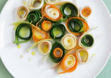 Salat aus Gemüseschalen